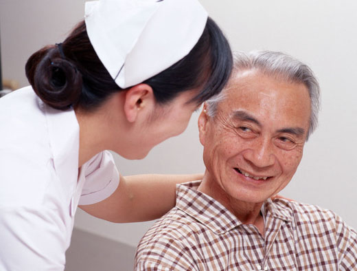 老人护理医疗陪护服务